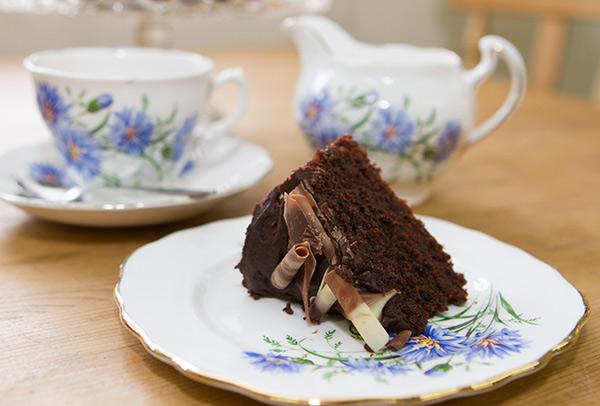 cake-and-tea-600px