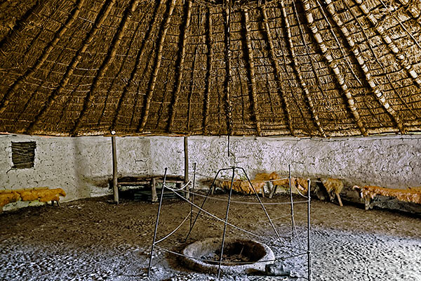 Iron-Age-Roundhouse-Interior-600px