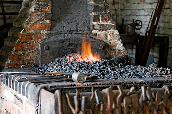 Brick Blacksmith Forge : Garston forge chiltern open air museum