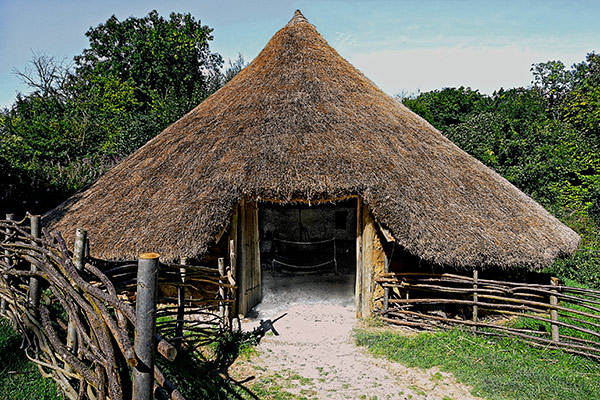 Iron Age house at Chiltern Open Air Museum
