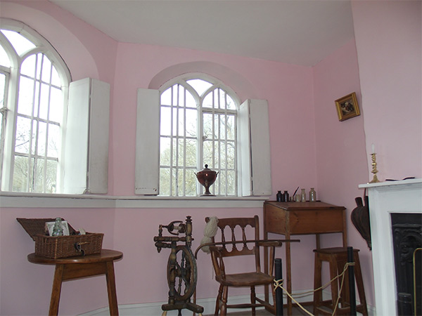 Pink_Toll_House_600px