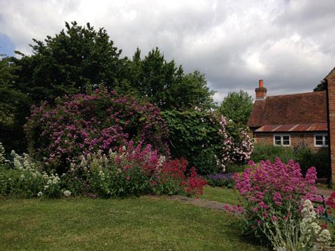 Astleham-Garden
