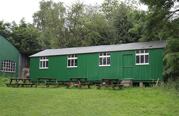 Gerrards-cross-hut-600px