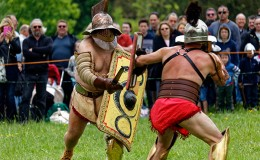 Roman-gladiators-event-coam-600px
