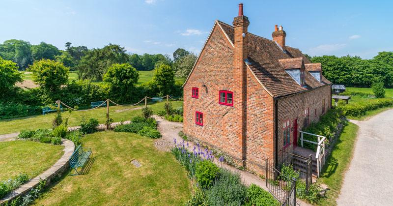Astleham Manor Cottage Historic Building