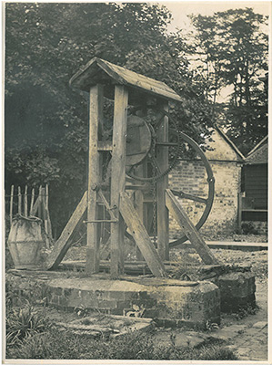 Well head from Harpenden
